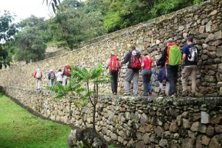 DAY 2: Chiquisca - Marampata - Choquequirao
